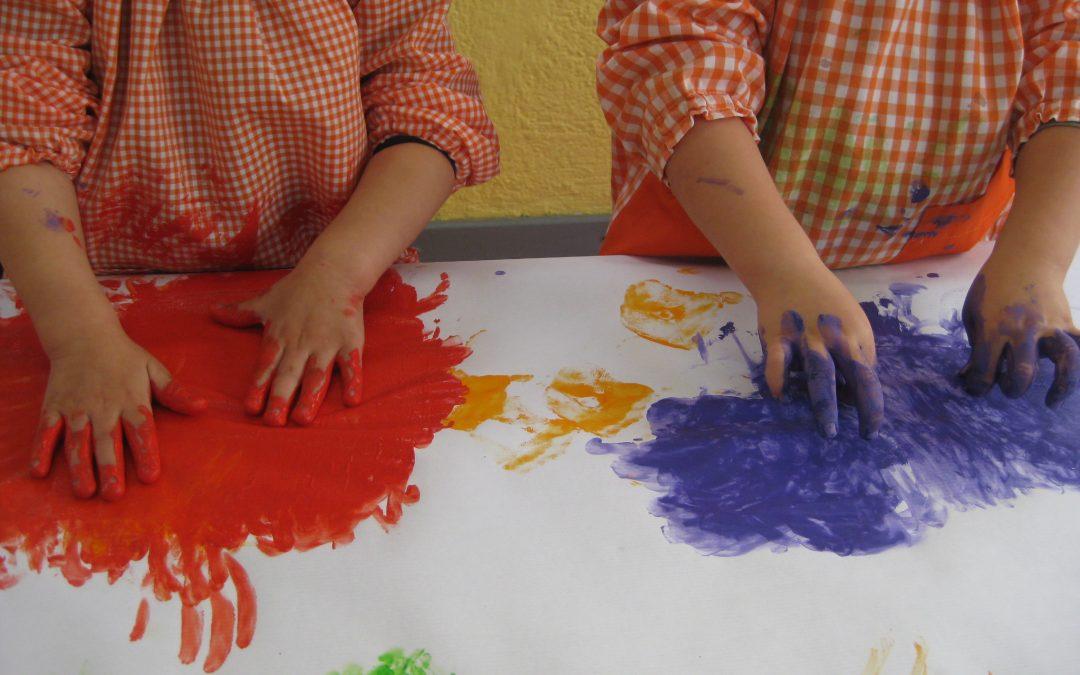 Pintem amb les mans